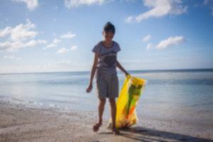 IMG 4275 300x200 - Sprzątanie plaży na Siquijor
