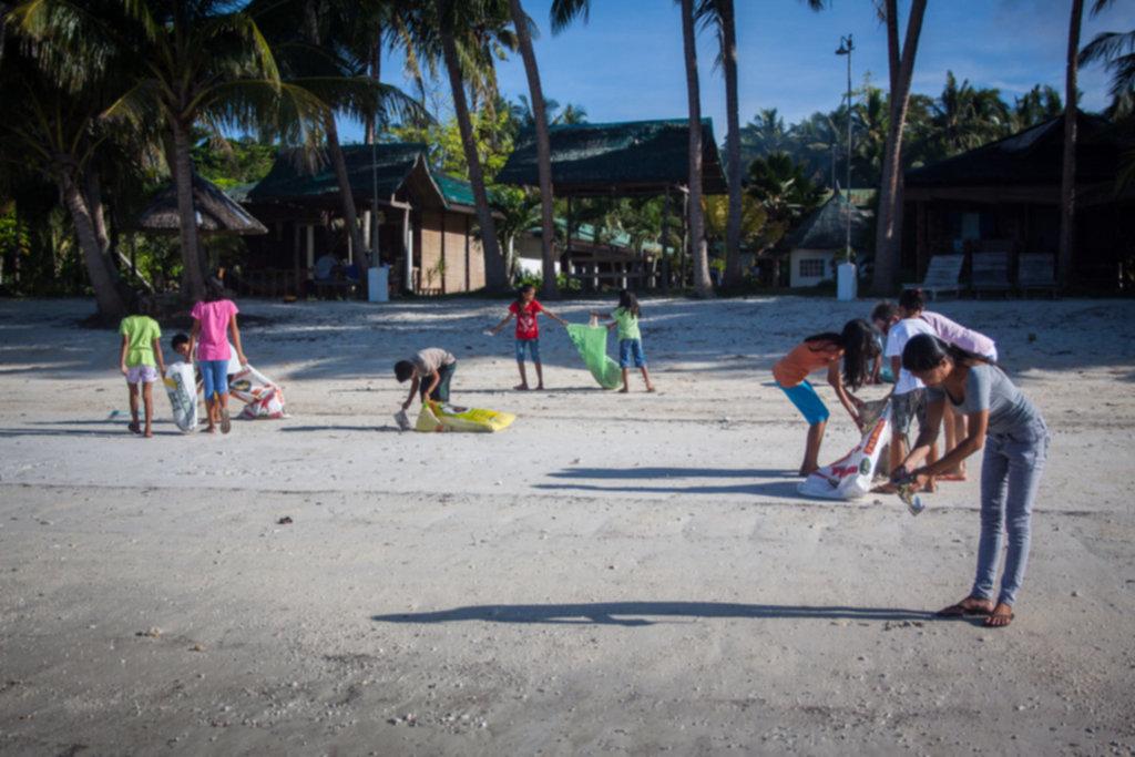 IMG 4289 1024x683 - Sprzątanie plaży na Siquijor