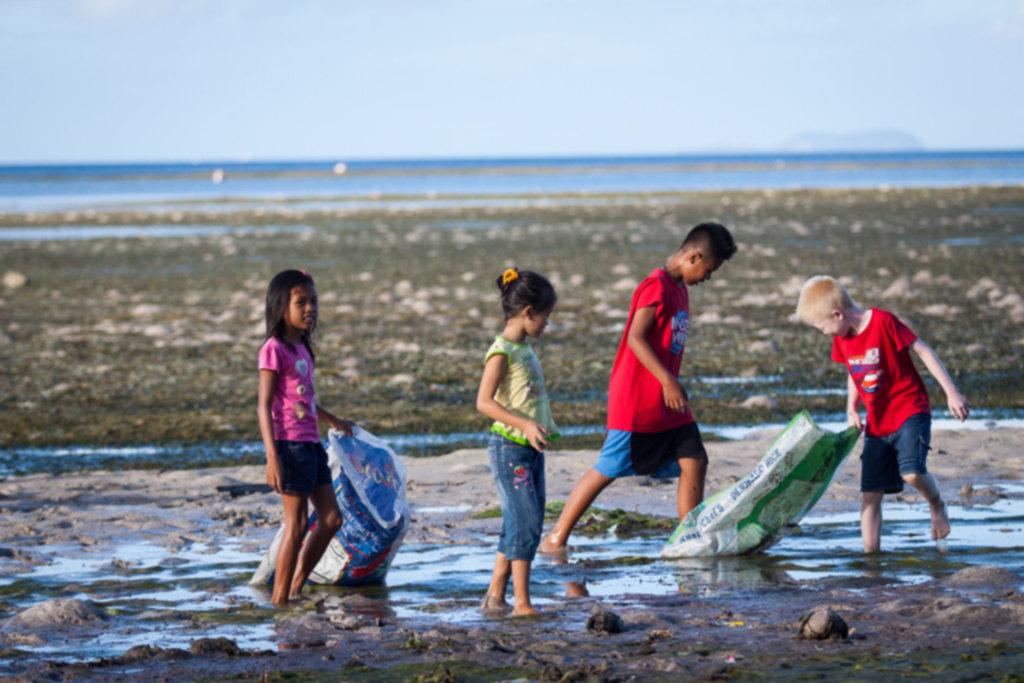 IMG 4652 1024x683 - Sprzątanie plaży na Siquijor