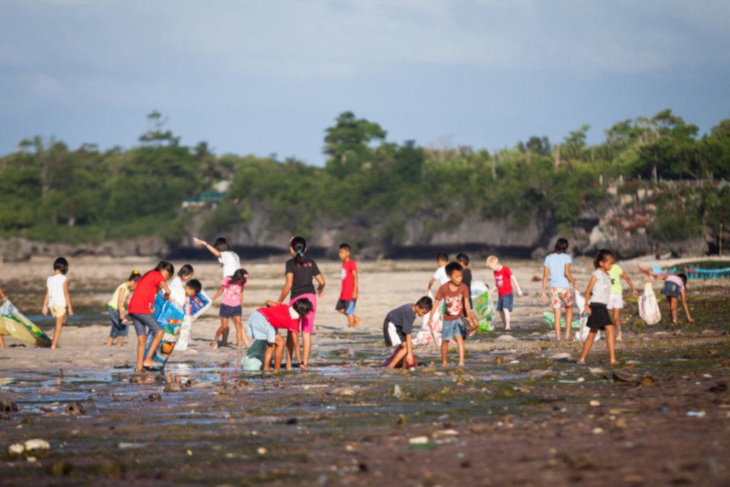 IMG 4659 1024x683 - Sprzątanie plaży na Siquijor