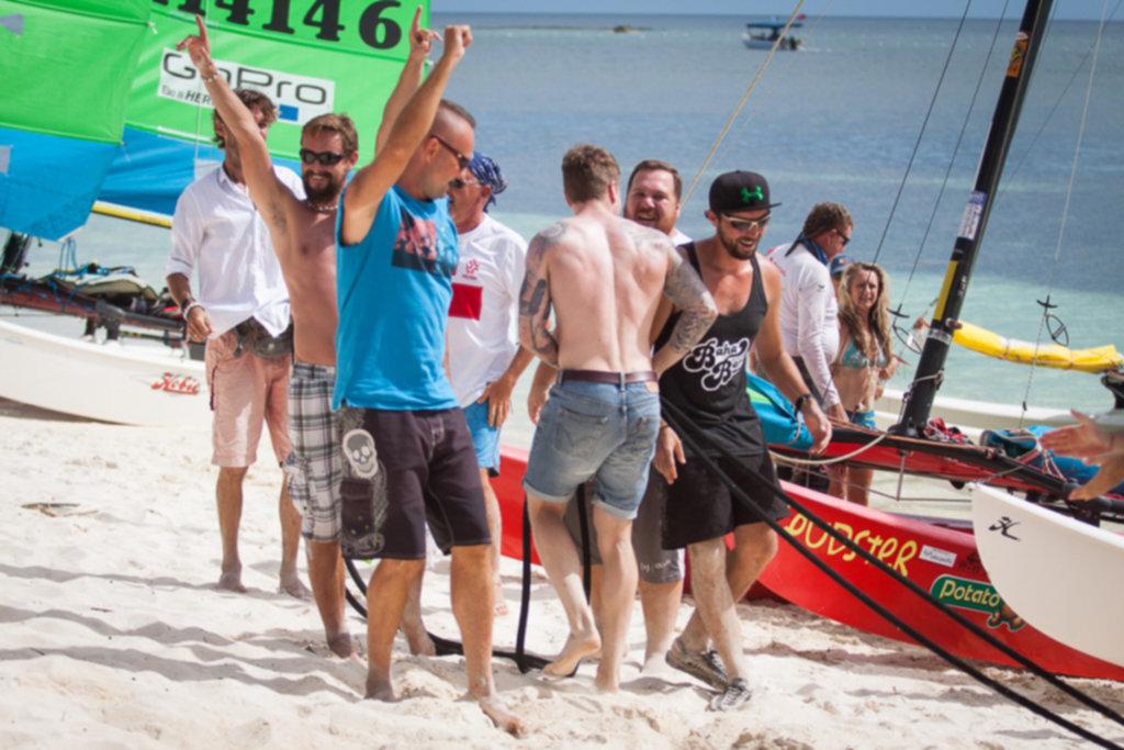 IMG 7606 1024x683 - Paliton Beach – Hobie Challenge