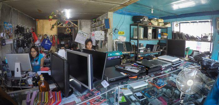 GOPR9419 702x336 - Jak się naprawia laptopy na Filipinach
