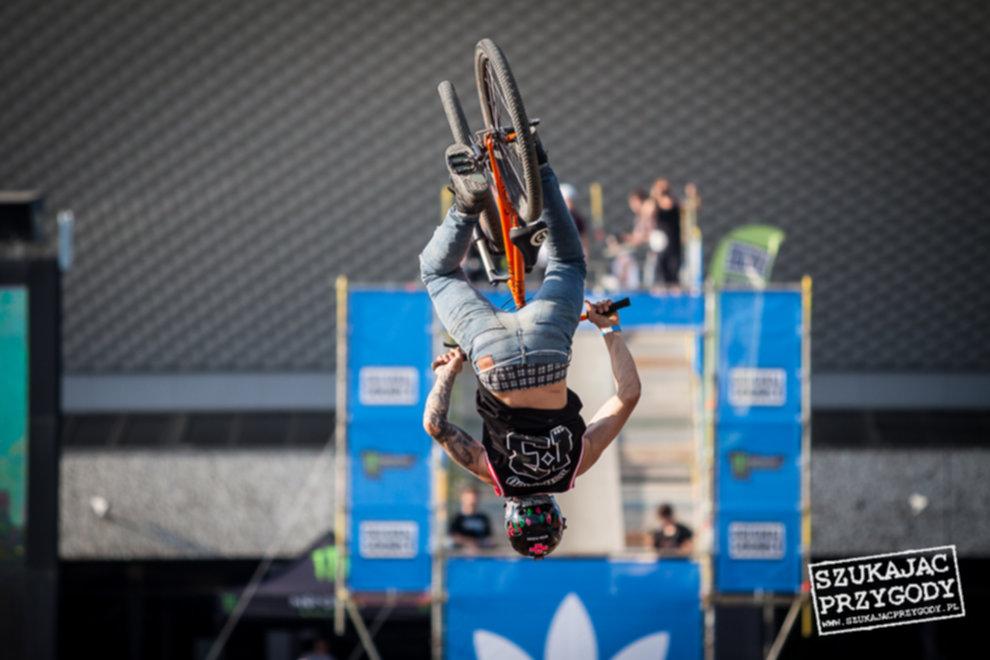 IMG 3561 - Adidas Ride The Sky - Foto