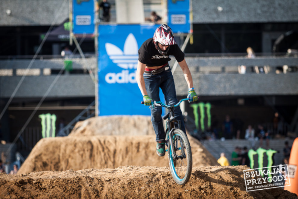 IMG 3583 - Adidas Ride The Sky - Foto