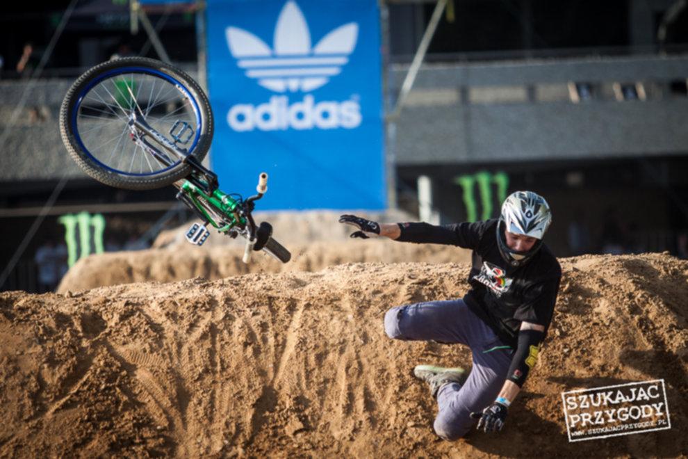 IMG 3674 - Adidas Ride The Sky - Foto