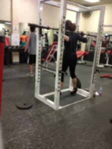 Z4KdKai 225x300 - Osoby, które powinny zrezygnować z siłowni ….