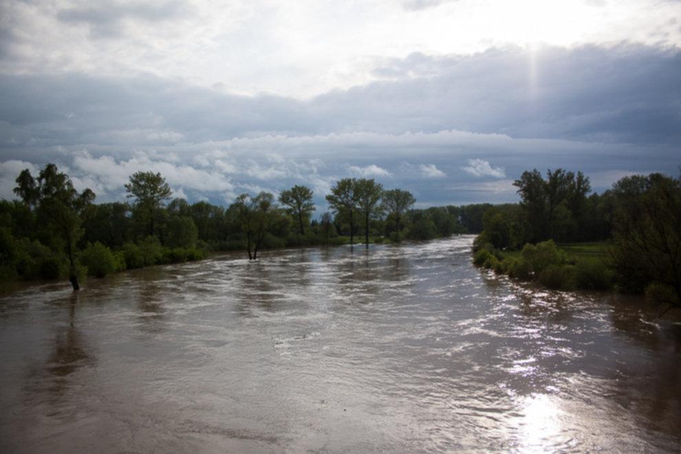 IMG 0001 - W Bochni wielka woda – zagrożenie powodziowe