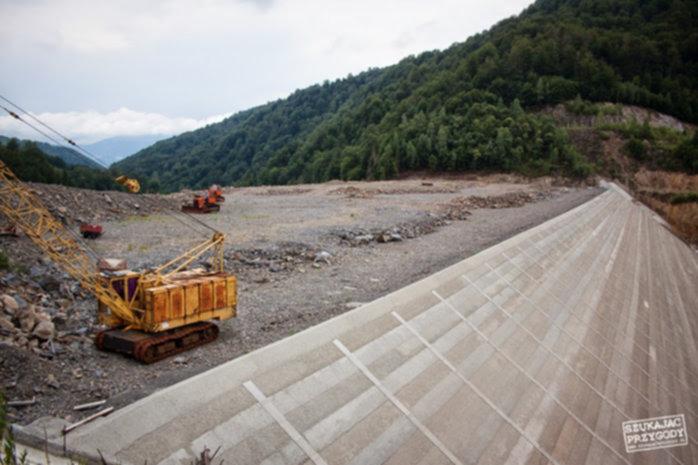 Off Road Rumunia - zapora w trakcie budowy