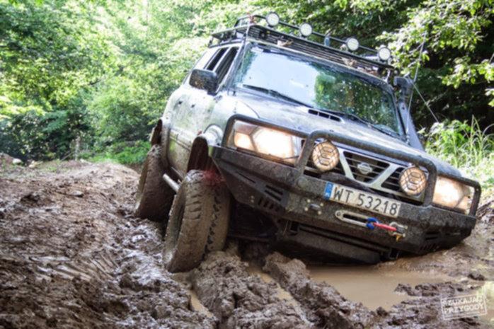 Off Road Rumunia - ładnie się wlepił ....