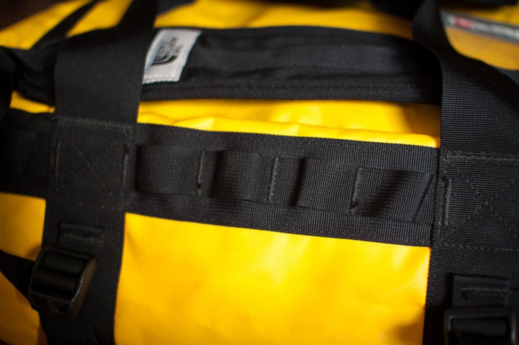 BASE CAMP DUFFEL  03 1024x682 - Niezniszczalna torba podróżna