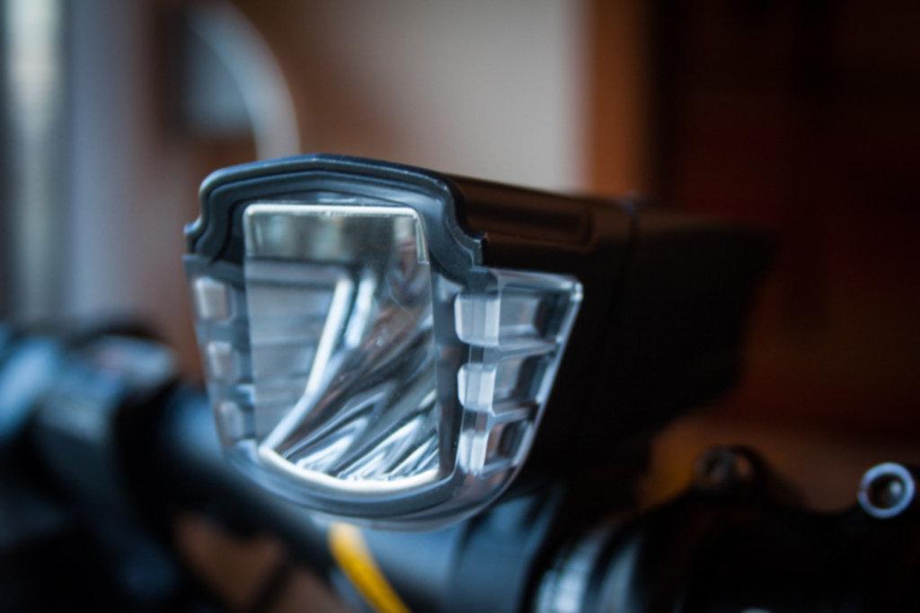 IMG 0579 1024x683 - Lampa rowerowa z akumulatorem – Tripper