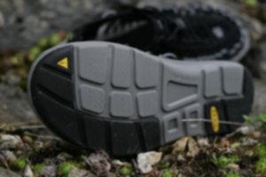 IMG 2265 300x200 - Uneek – buty dla wymagających podróżników
