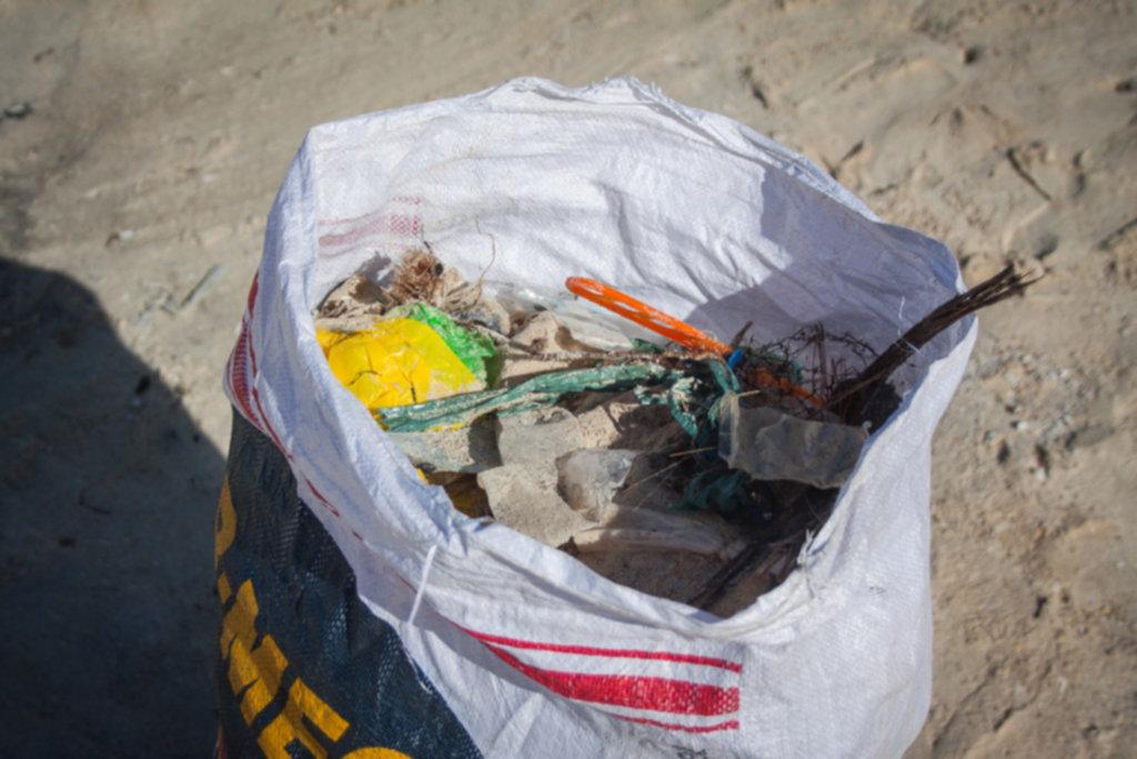 IMG 4314 1024x683 - Sprzątanie plaży na Siquijor