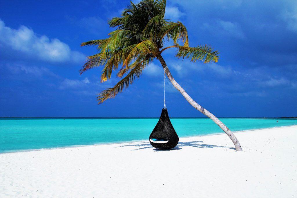 maldives 3220702 1280 1024x682 - Jak się przygotować na pierwszy wyjazd do Azji?
